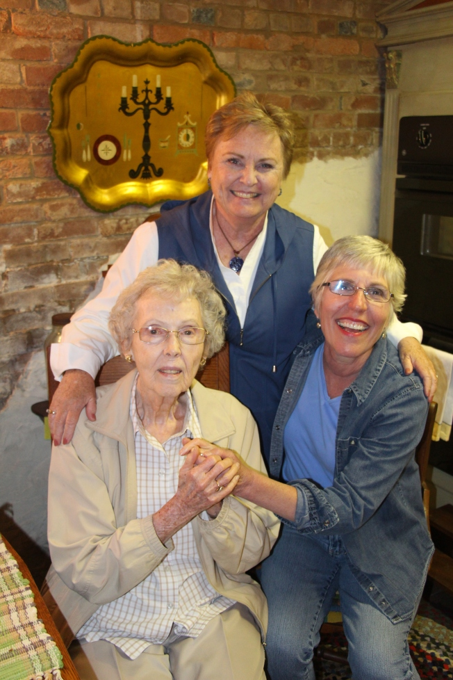 Three beautiful ladies!