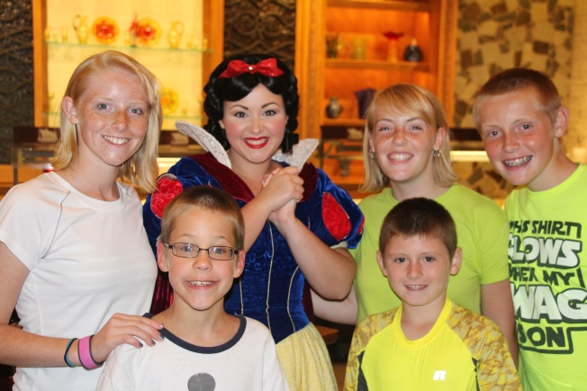 Snow White commented on the fact that Grace was wearing Dopey's favorite color.