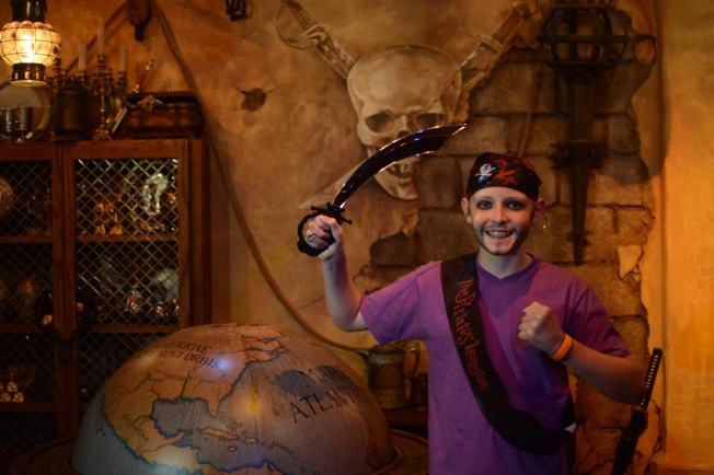 PhotoPass_Visiting_Event_Pirates_7048592572