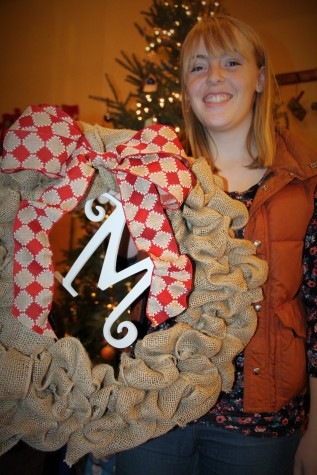 I recieved this beautiful homemade wreath from Gracie.