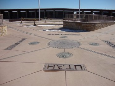 four-corners-monument