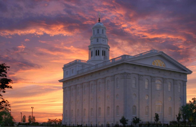 nauvoo-temple-756499-wallpaper